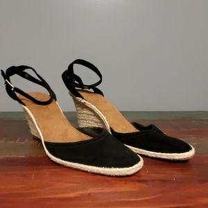 Bass Carma Black Wedge Heel size 10